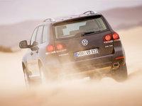 Volkswagen-Touareg_2007_1600x1200_wallpaper_1b.jpg