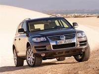Volkswagen-Touareg_2007_1600x1200_wallpaper_04.jpg
