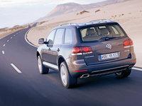 Volkswagen-Touareg_2007_1600x1200_wallpaper_13.jpg
