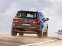 Volkswagen-Touareg_2007_1600x1200_wallpaper_1c.jpg