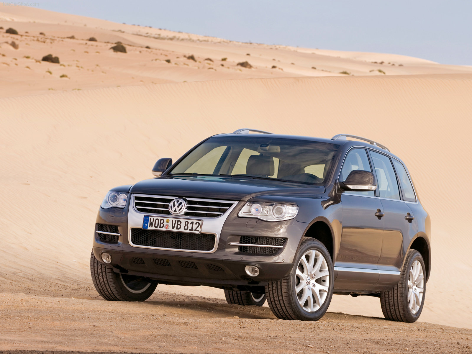 http://w04.ru/foto/Volkswagen-Touareg_2007_1600x1200_wallpaper_03.jpg