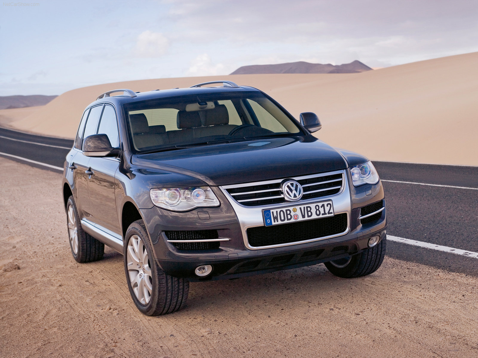 http://w04.ru/foto/Volkswagen-Touareg_2007_1600x1200_wallpaper_07.jpg