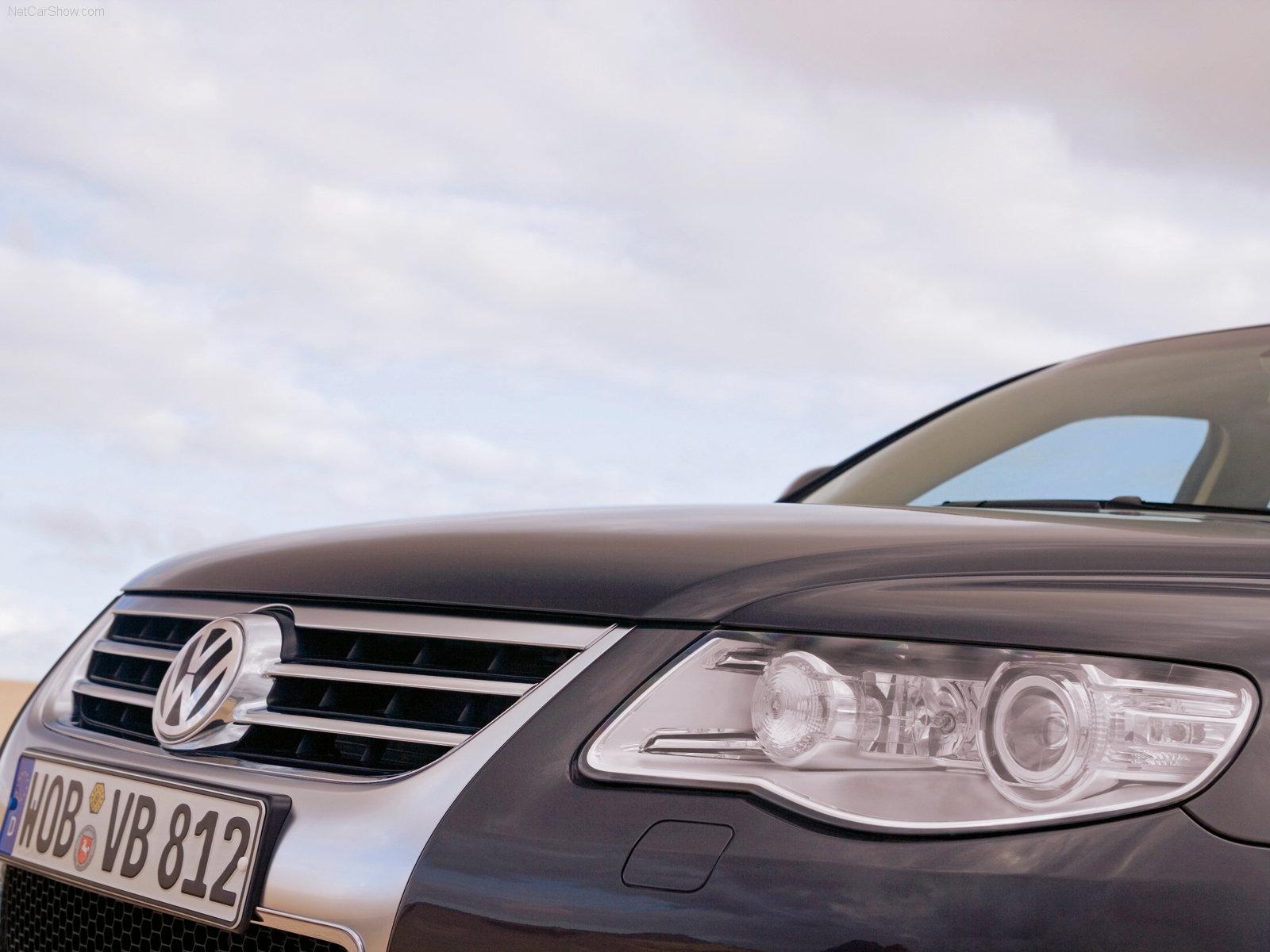 http://w04.ru/foto/Volkswagen-Touareg_2007_1600x1200_wallpaper_21.jpg