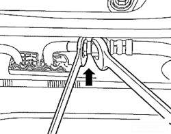 Отсоединение подающего топливопровода