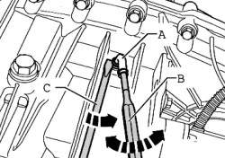 Извлечение вентиляционной трубки из раздаточной коробки