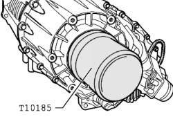 Запрессовка уплотнительного кольца фланца вала отбора мощности/заднего карданного вала