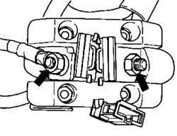 Электрические провода реле отключения аккумуляторной батареи
